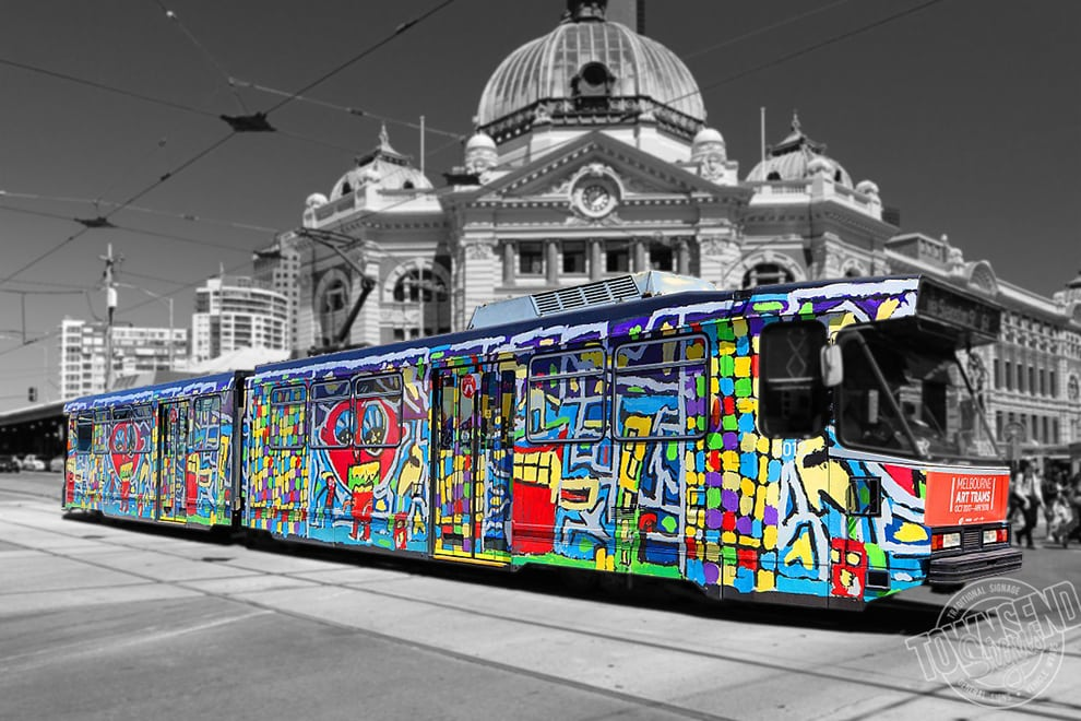 Townsend Signs Melbourne Tram