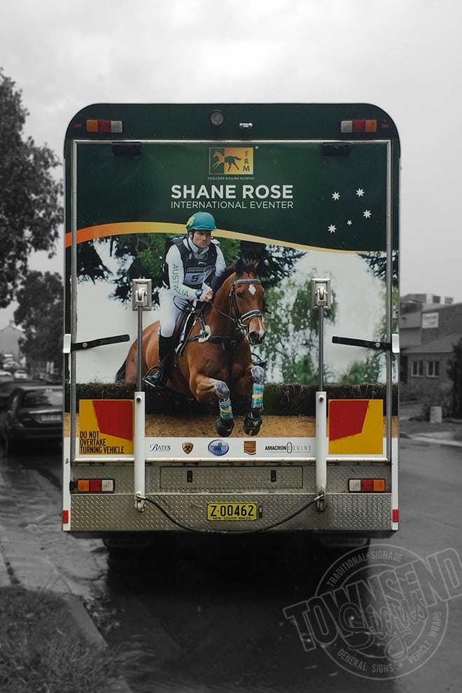 Townsend Signs Shane Rose Horse Float